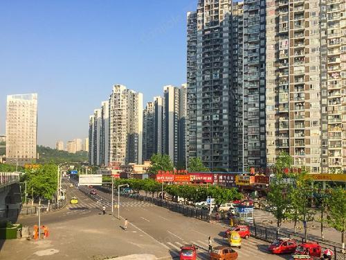 重庆一小区日租房旅馆扎堆存隐患  业主希望被关注