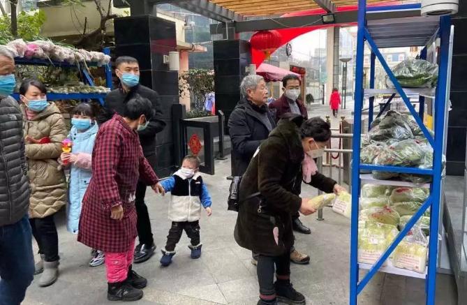 南宁传媒星城小区物业因疫情防控不力被投诉
